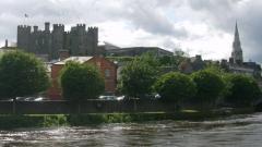 Замъкът на град Енискорти в графство Уексфорд построен през 1190 г.