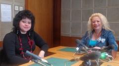 Анелия Торошанова (вдясно) разговаря с адвокат Яничка Методиева