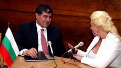 Заместник-главниятпрокурорКамен Миховпри Върховна административна прокуратура разговаря с Анелия Торошанова.
