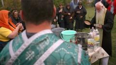 В народната празнична традиция неотменно присъства обичая на Димитровденда се правикурбан - за здраве,берекет и плодородие...