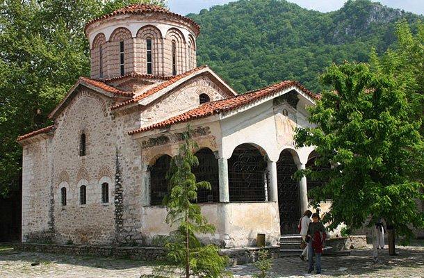 "Kisha ""Shën Nikollaj"""