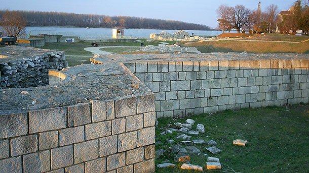 Крепостные стены Дуросторума