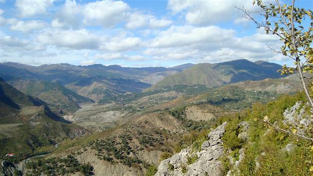 Pamje nga rajoni i Gollobordës