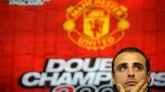 Sulmuesi bullgar Dimitër Berbatov është duke pritur vazhdimin e marrëveshjes së tij me Manchester United, pasi ka shënuar 19 gola për skuadrën e tij gjatë këtij sezoni.