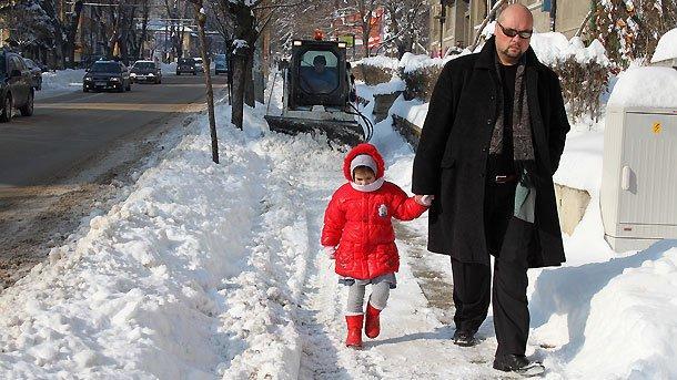 Децата знаят много добре, че студът е най-прекият път към болестта