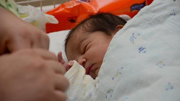 """Изоставено бебе в столичния квартал """"Люлин"""" е настанено в дом"""