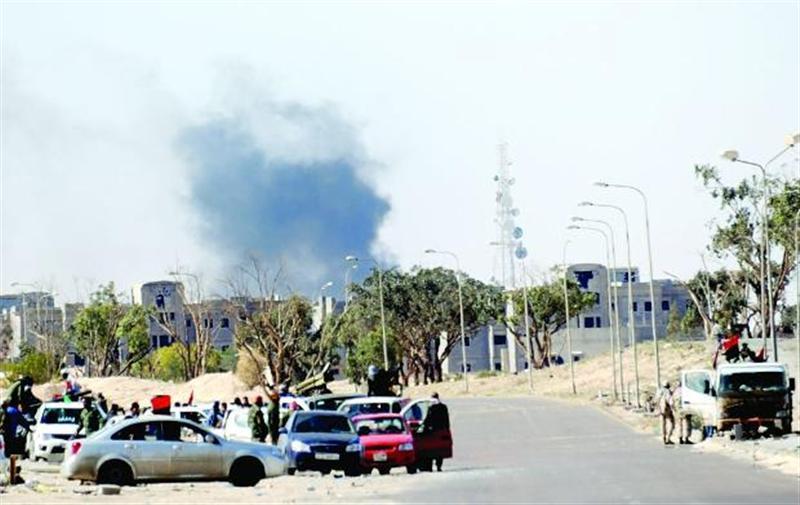 Най-малко 33 души загинаха, а десетки бяха ранени при двоен